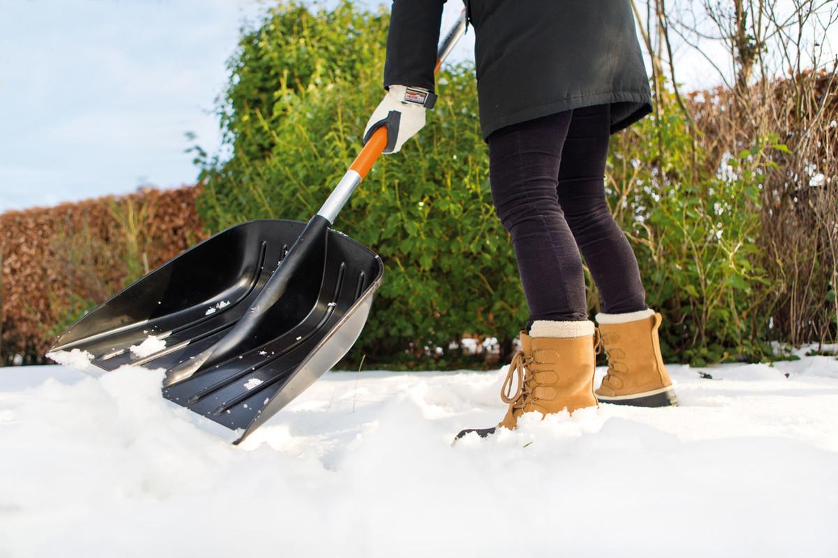 Уборка снега своими руками фото
